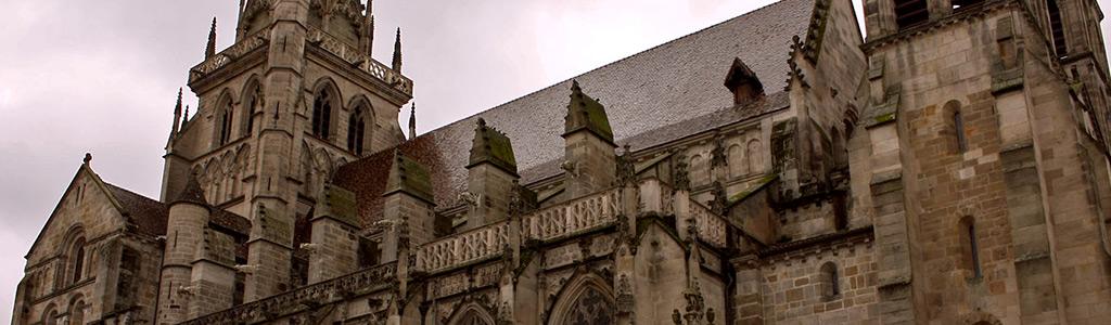 Igreja e Catedral